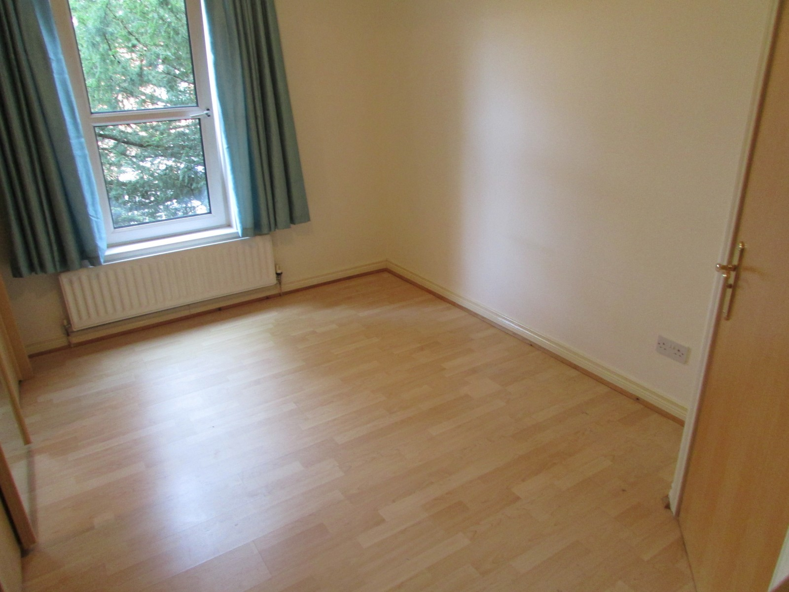 Flat 5, 48 Marlborough Park South, Malone Road, Belfast, BT9 6HS