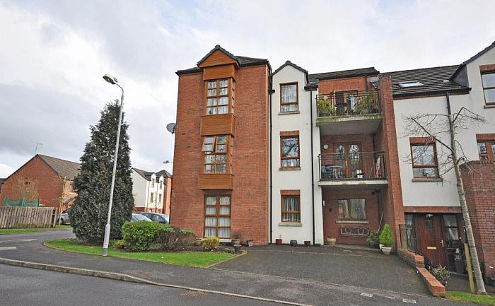 38 Redwood Dale, Derriaghy, Dunmurry, BT17 9RL