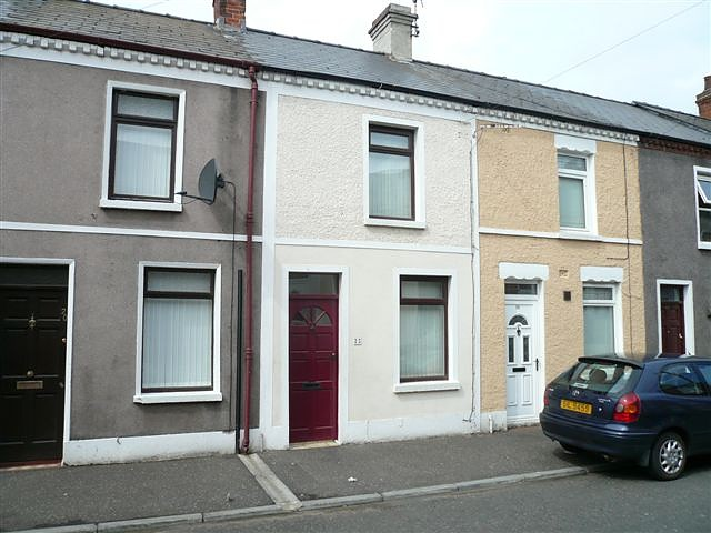 22 Forest Street, Off Falls Road, Belfast, BT12 7BG