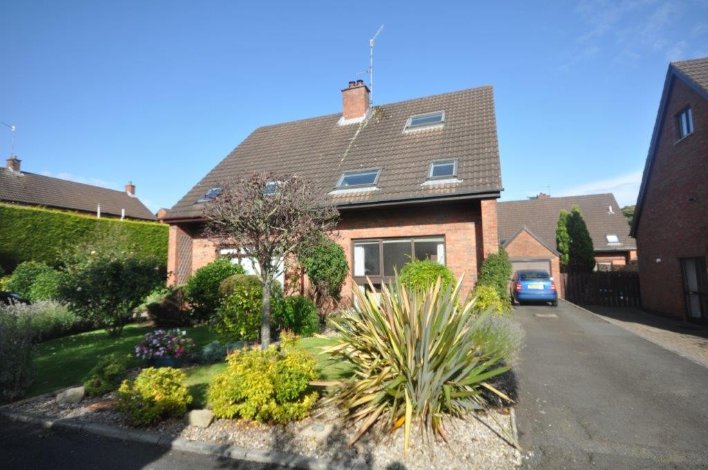19 Lakeside Drive, Upper Malone, South Belfast, BT10 0NU