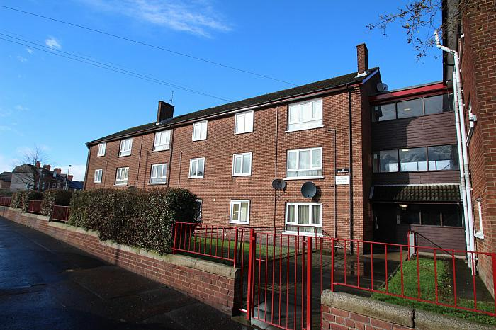 Apt 17, 122 Skegoneill Avenue, Shore Road, North Belfast, BT15 3JR