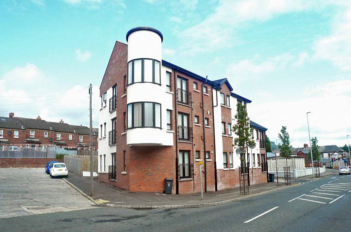 Apt 4 Church Rise, 1 Cosgrave Street, North Belfast, BT15 2JU, North Belfast